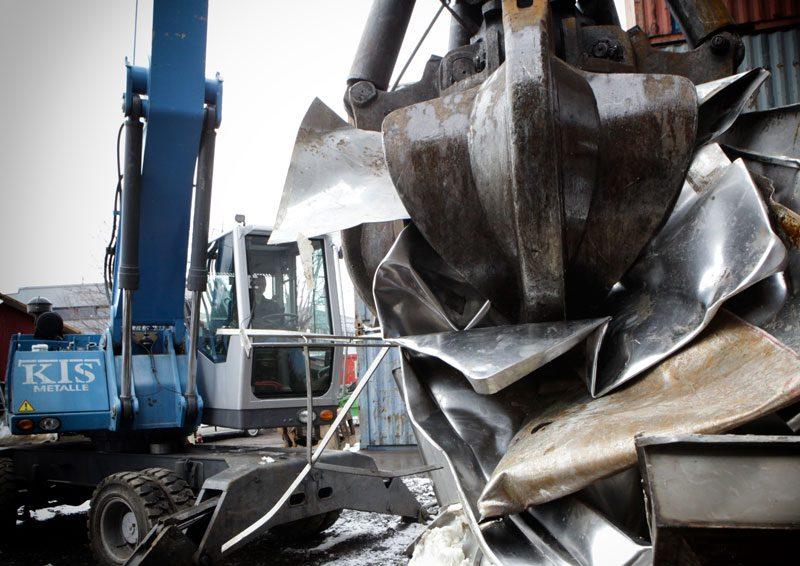 Altmetall und Schrott Anlieferung bei der KTS in Villach